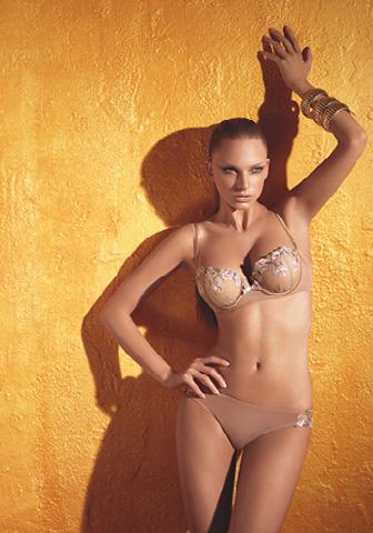 Lingerie set: bra and braziliana thong by Laura Biagiotti - Marzia LB0407